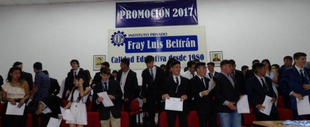 Acto de Colación Quinta Promoción de Técnicos 2017 Instituto Privado Fray Luis Beltrán Av. Moreno 401 SAN NICOLÁS.