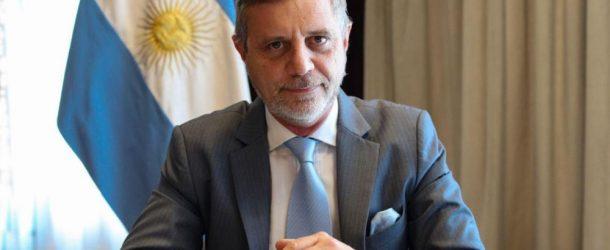 """Ariel Schale: """"Tratamos de preservar la vida de los argentinos y de la industria nacional"""""""