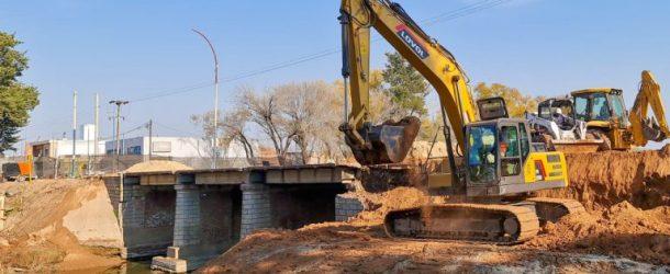 PERGAMINO: Cada vez más cerca de la demolición del viejo puente de Bv. Colón